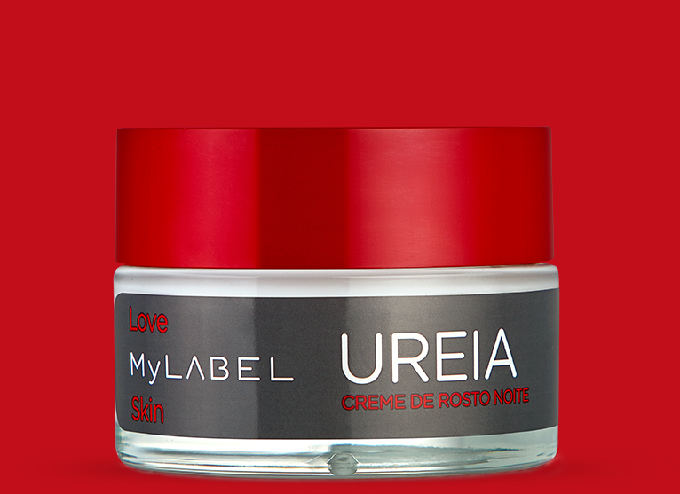 O creme de noite MyLABEL Ureia, ajuda na hidratação das peles secas e sensíveis, proporcionando uma sensação de alívio e conforto, deixando-a suave e macia.
